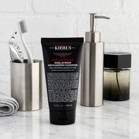Age Defender Dual-Action Exfoliating Cleanser
